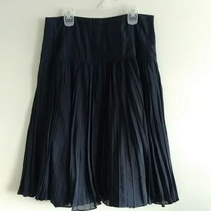 Womens J Crew Pleated Skirt Size 2